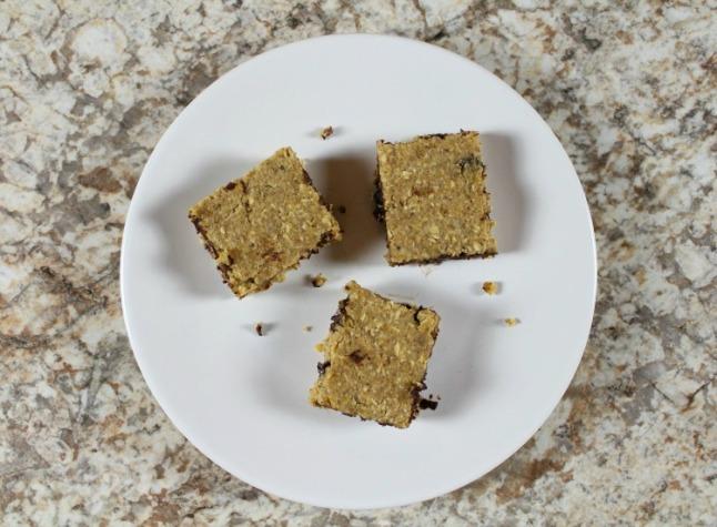 Peanut Butter Chocolate Chip Energy Bars - KintheKitchen