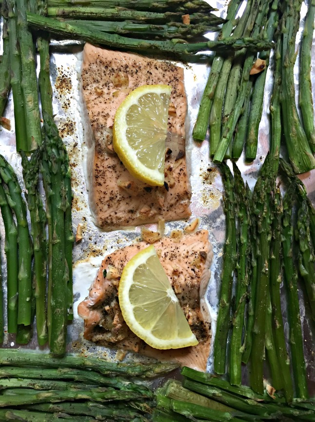 One-Pan Salmon and Asparagus Dinner for Two KintheKitchen
