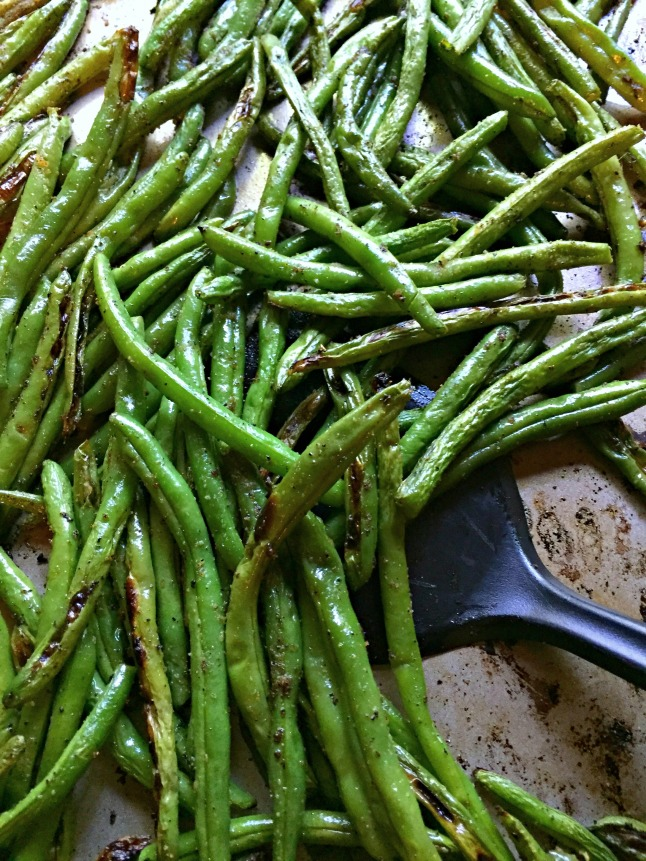 Roasted Green Beans KintheKitchen.jpg
