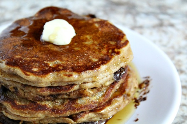 Cinnamon Chocolate Chip Buttermilk Oatmeal Pancakes--KintheKitchen (2)