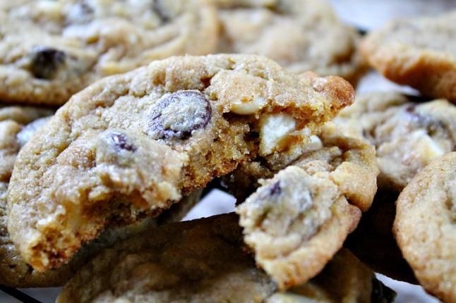 Dark & White Chocolate Chip Cookies---KintheKitchen