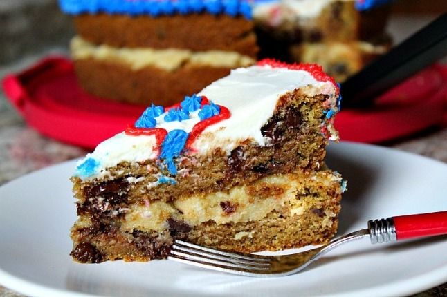 Epic Double Decker Chocolate Chip Cookie Cake(with Cookie Dough Filling)--KintheKitchen