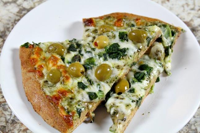 Spinacth Basil Pesto White Pizza -KintheKitchen