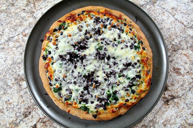 Black Bean & Spinach White Pizza KintheKitchen