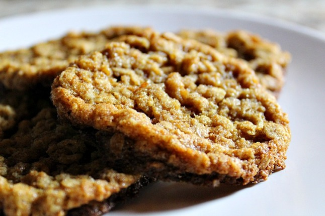 Old Fashioned Chewy Oatmeal Cookies--KintheKitchen