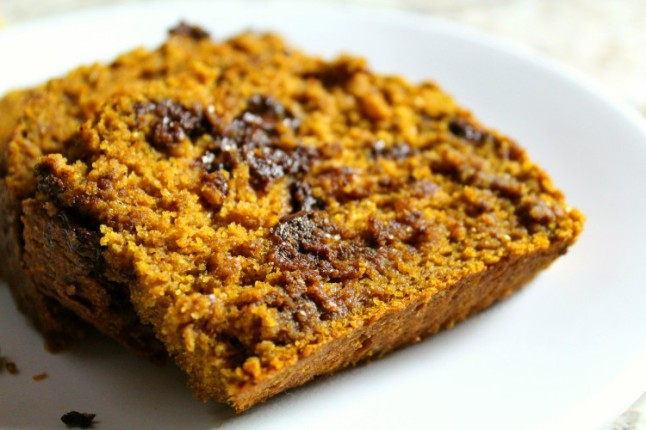 PumpkinSpiceChocolateChipBread---KintheKitchen