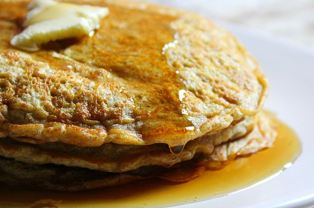 ButternutSquashSpeltOatmealPancakes-KintheKitchen