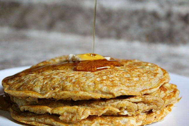 ButternutSquashSpeltOatmealPancakes--KintheKitchen