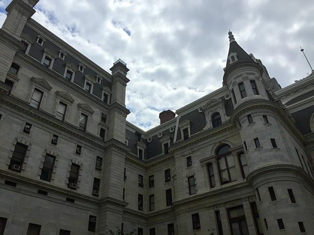 PhiladelphiaCityHall---KintheKitchen