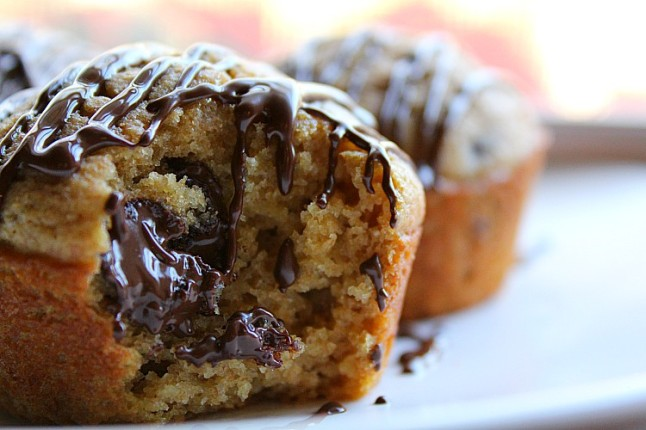 ChocolateChipMuffinswithChocolateGlazeKintheKitchen